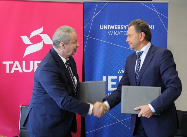 TAURON podpisał umowę ramową owspółpracy -odlewej prof. zw. dr hab. Wiesław Banyś, rektor UŚ oraz