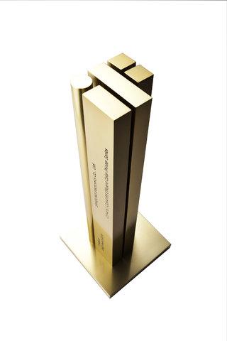 iF gold_trophy.jpg