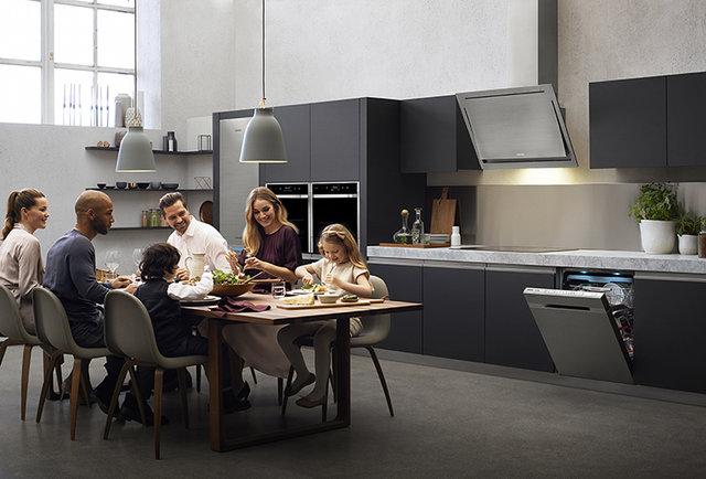 9. EU Chef Collection.jpg