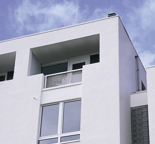 Bloker skutecznie zabezpiecza ściany przed wysoleniami orazniekorzystnym działaniem wody, skuteczni
