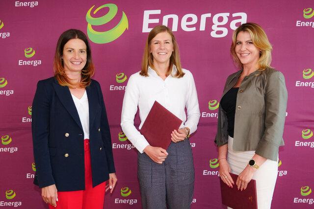 minister Sportu Danuta Dmowska-Andrzejuk, szpadzistka Ewa Trzebińska i wiceprezes Zarządu Energi SA ds. komunikacji Adrianna Sikorska (od lewej)