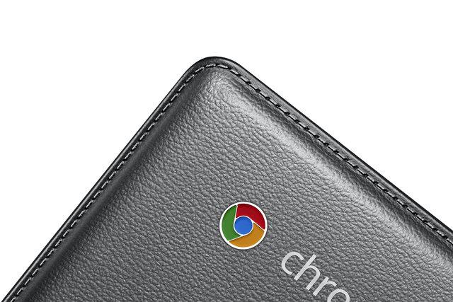 Chromebook2_015_Detail2_Luminous Titan-HR.jpg