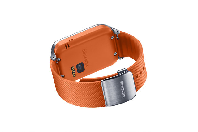 SM-R380_005_Dynamic2_Orange.jpg